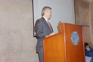 Alfonso Miranda, director del CEDEC, inaugurando las IX Jornadas de Derecho Económico