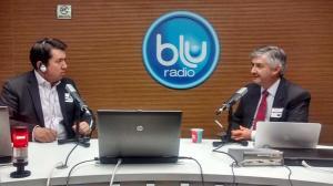 """Alfonso Miranda con el director de """"Blu al Derecho"""", John Marcos Torres"""